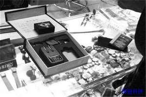 数码城出售窃听设备,插入手机卡可监听通话内容