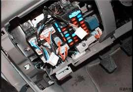 怎么找到并拆除车辆的GPS定位?